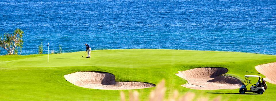 Puerto Los Cabos Golf Course in San Jose del Cabo offers gorgeous ocean side greens