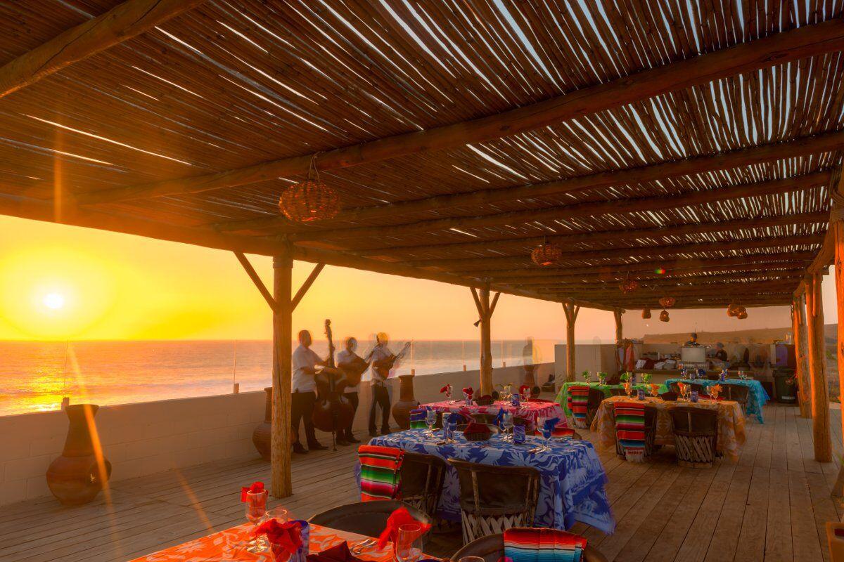 sunset-dinner-location
