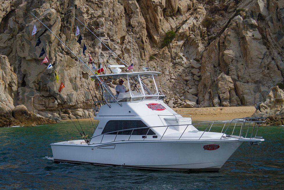 35 ft Cabo SportFisher