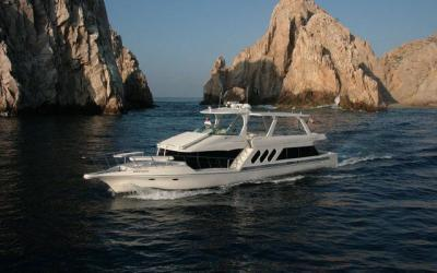 luxury yacht rentals in cabo san lucas, cabo groups, bachelor parties, bachelorette parties, cabo wedding groups, love shack charters, cabo wedding ideas