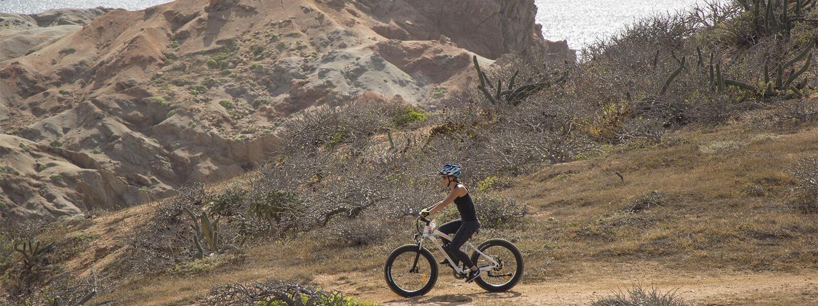 electric-bike-adventure-desert